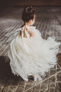 gorgeous tulle backless flower girl dresses #weddingring