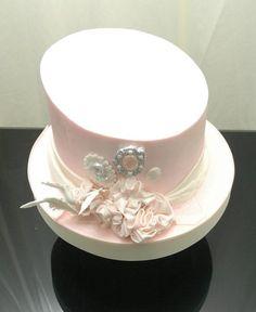 Royal Hat Cake  Cake by sugarpixy