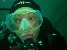 Bethy Scuba | Lady Diver Bethy is always happy when she's di… | Flickr