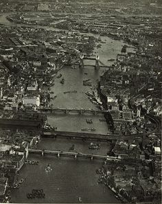 London from the air before skyscrapers & the impact of WWII. A shot from c.1935