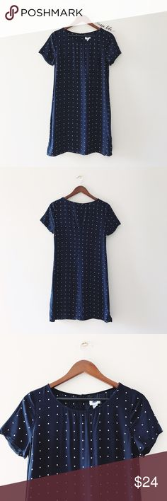 "Old Navy Tee Shirt Dress -Perfect summer dress. Polka ""dots"" are squares. -Short sleeves. -Button at back. -Fitted through body. -Contoured seams create a flattering silhouette. -Dress hits above the knee.  -34"" from top of shoulder to hem, 19.5"" bust, 19"" waist,21.5"" hips. -100% Rayon. Machine wash. : @inna_lala Old Navy Dresses"