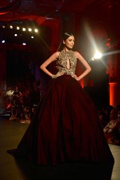 Models walk the runway in designer Manish Malhotra's couture wear from his collection, Couture Soiree - The Empress Story, at the Fashion Design Council of India's (FDCI) Amazon India Couture Week 2015's finale show at The Leela Palace Hotel in New Delhi, India. Photo: Rubina A. Khan, Getty Images / 2015 Rubina A. Khan