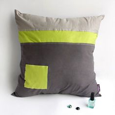 Onitiva [Cool Style] Knitted Fabric Patch Work Pillow Cushion Floor Cushion (19.7 by 19.7 inches)
