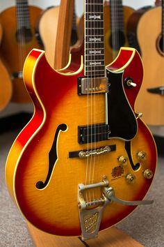 Gibson® Barney Kessel Guitar (Pre-Owned)