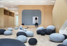 Image 8 of 23 from gallery of Tips for Lighting Interior Spaces for Children. Image Avenue Green Sheshan in Shanghai / ELTO Consultancy Kindergarten Interior, Kindergarten Projects, Kindergarten Design, Interior Decorating, Interior Design, Co Working, Classroom Design, Kid Spaces, Design Firms