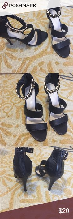Black Aldo heels I bought these for a trip to Vegas but I only wore them around the hotel's casino (never outside).  There's some scuffing on the bottom of the shoe and in the toe area but otherwise these are in good condition.  Feel free to make me an offer! Aldo Shoes Heels