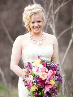 country vintage inspiration shoot with a gorgeous bouquet / photo by hetlerphotography.com