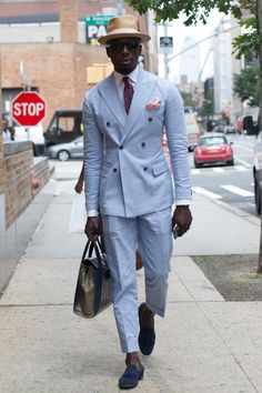 Everybody Wore Their Coolest Jackets to New York Fashion Week: Men's - Fashionista Workwear Fashion, Mens Fashion Suits, Mens Suits, Street Style Boy, Best Street Style, Gentleman Mode, Gentleman Style, Sharp Dressed Man, Well Dressed Men