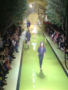 Versace: The set at Versace was a perfect embodiment of the Italian fashion house's powerfully modern collection. The models walked through ...