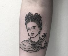 probably my favorite frida tattoo other than my own. beautiful!
