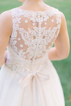 Sweet lace: http://www.stylemepretty.com/2014/10/21/glamorous-pink-khorassan-ballroom-wedding/ | Photography: MNC Photography - http://mnc-photography.com/