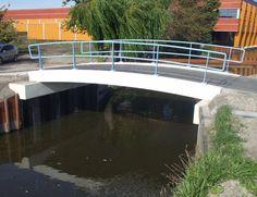 Een goeie stevige brug zonder steunpilaar