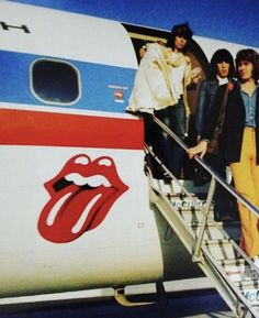 Rock N Roll Music, Rock And Roll, The Roling Stones, Mississippi Fred Mcdowell, 70s Films, Rolling Stones Logo, Ronnie Wood, Tv Show Music, Delta Blues