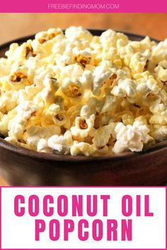 Are you looking for easy and delicious low-calorie snacks? This Low-Calorie Popcorn with Coconut Oil recipe is a super simple yet incredibly delicious low-calorie recipe you can whip up in about four minutes. To make popcorn cooked in coconut oil, all you need is coconut oil, organic popcorn kernels, and sea salt. That's it! #lowcalorierecipes #lowcaloriesnacks #coconutoiluses #popcornrecipes Low Calorie Popcorn, Low Calorie Desserts, Low Calorie Recipes, Diabetic Recipes, Healthy Meals For Kids, Healthy Snacks, Coconut Oil Popcorn, Coconut Recipes, Yummy Food