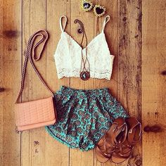 This would be cute as a summer festival outfit!