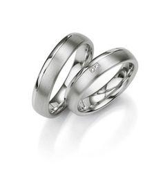Breuning Trouwringen | collectie zilver met diamant 1 | model nummer DR080210 / HR080220 | 5 mm breedte diamant W/SI 0.013ct #trouwringen #Breuning #trouwen #zilver #JDBW #zilverenringen #wedding