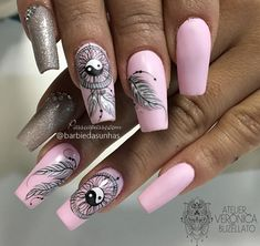 New Years Nail Designs, Nail Art Designs Videos, Lace Nails, Pink Nails, Pop Art Nails, Lace Nail Design, Dream Catcher Nails, Indian Nails, Feather Nail Art