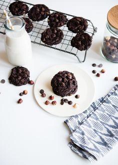 Flourless Hazelnut Chocolate Cookies from @lindseyjohnson