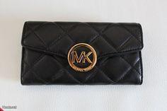 Michael Kors -lompakko / Michael Kors wallet