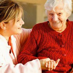 Cuidamos a personas mayores con Alzheimer en Barcelona.  www.instagram.com/bspasistencia