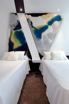 ♂ Contemporary interior design with Abstract painting