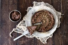 3 raaka-aineen suklaakakku