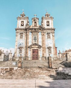20 Best Instagram Spots in Porto - Including Hidden Gems! Day Trips From Porto, Portugal Travel Guide, Gothic Culture, Medieval Fortress, Best Instagram Photos, Miramar Beach, Visit Portugal, Voyage Europe, Best Sunset