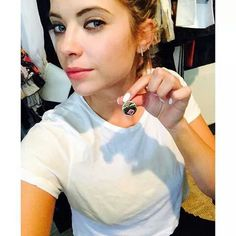 """ itsashbenzo Loveeee my necklace. Ryan Ashley, Ashley Benson, Face Claims, Pretty Little Liars, All Things, Washer Necklace, Abs, Style, Fashion"