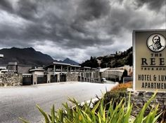 The Rees Hotel & Luxury Apartments Queenstown - Exterior
