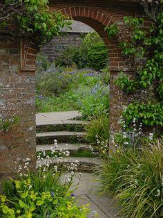 Great Dixter. England / Great Dixter Flower Garden.