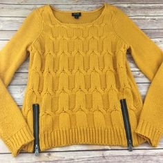 Nicole Miller braided knit sweater with zippers