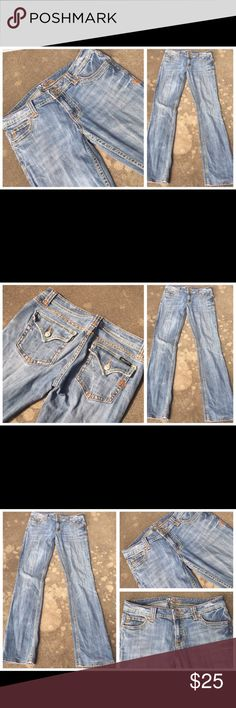 MISS ME HEAVY STITCH FLAP PKT LOW RISE JEANS 29 MISS ME HEAVY STITCH FLAP PKT LOW RISE JEANS 29. Please see pictures for signs of distress. Miss Me Jeans Boyfriend