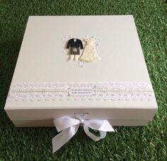 Personalised Wedding Keepsake Box/Wedding Gift Box With Bride&Groom(Dark Hair) Wedding Keepsake Boxes, Wedding Gift Boxes, Wedding Keepsakes, Wedding Gifts, Handmade Wedding, Personalized Wedding, Wedding Supplies, Dark Hair, Bride Groom