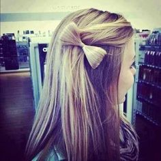 cute bow on the side of your hair, WANT IT !