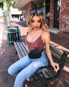 womens fashion night out which looks amazing. Fashion 101, Daily Fashion, Girl Fashion, Fashion Outfits, Womens Fashion, Fashion Design, Fashion Trends, Fashion Night, Look Casual