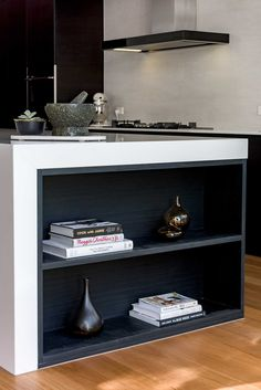 open shelf under bench Island Bench, Kitchen Benches, Building A New Home, Beautiful Kitchens, Open Shelving, Floating Shelves, Bookcase, New Homes, Modern Kitchens