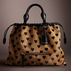 Burberry The Big Crush in Heart Print Calfskin Burberry Handbags, Tote Handbags, Tote Bags, Leather Handbags, Burberry Purse, Tote Purse, My Bags, Purses And Bags, Big Purses