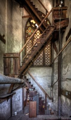 Abandoned church Photo by tigalilly