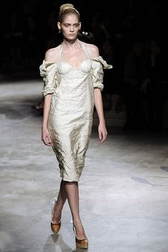 Prada Spring 2009 Ready-to-Wear - Collection - Gallery - Style.com