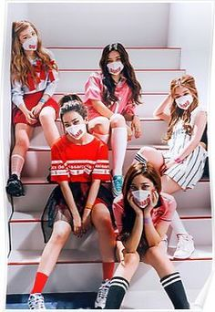 Image about kpop in Red Velvet by pιɴĸυ on We Heart It Irene Red Velvet, Red Velvet Joy, Kpop Girl Groups, Korean Girl Groups, Kpop Girls, Rookie Red Velvet, Bff, Velvet Wallpaper, Red Valvet