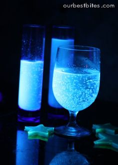 Glow in the Dark Food    The secret to glowing food is tonic water (diet tonic water works too).  It contains quinine, and guess what happens when you expose quinine to black light?    fun, right??  So if you mix up a drink (like crystal light lemonade like I've done below) and add a little tonic water…  magical glowing beverages!  Pretty cool!