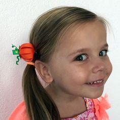Tutorial halloween Thanksgiving Hair Bows, Ribbon Sculpture, Pumpkin, Halloween, Fashion, Bias Tape, Hair Bows, Thanks, Hairdos