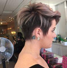 69 Beste Afbeeldingen Van Haar Haircolor Pixie Cut En Hair Cut