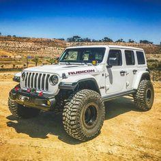 Nice and clean 2018 JL Wrangler Rubicon Jeep Jl, Jeep Truck, Jeep Wrangler Rubicon, Jeep Wrangler Unlimited, Jeep Wranglers, Jeep Sahara, Blue Jeep, Suv Trucks, Off Road Racing