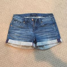 Vigoss Studio Jean shorts from Nordstrom This jean shorts are a darker jean. They are lightly worn and in great condition! Vigoss Shorts Jean Shorts