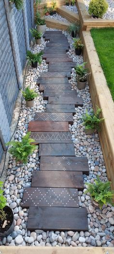 Side Yard Landscaping, Backyard Patio Designs, Backyard Ideas, Garden Yard Ideas, Backyard Makeover, Outdoor Projects, Outdoor Gardens, Landscape Design, Carpentry Projects