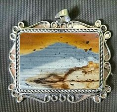 Pendant jasper pictorial agate This is natural stone. For sale : WhatsApp.085642432976 or +6285642432976 Call/sms.087737045837 or +6287737045837 PIN BB. 5A403E42 #pictorialagate #jasper #agate #gemstoneart #naturalstone