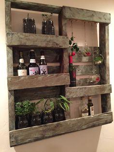 DIY Rustic Pallet Mason Jar Shelf