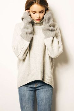 Now, this is a seriously cozy sweater that we won't be taking off anytime soon. Blanc & Eclare Nagano, $261, available at Blanc & Eclare. #refinery29 http://www.refinery29.com/2016/12/131666/jessica-jung-clothing-blanc-and-eclare-soho#slide-10