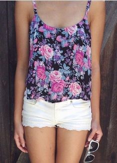 #street #style floral print + shorts @wachabuy